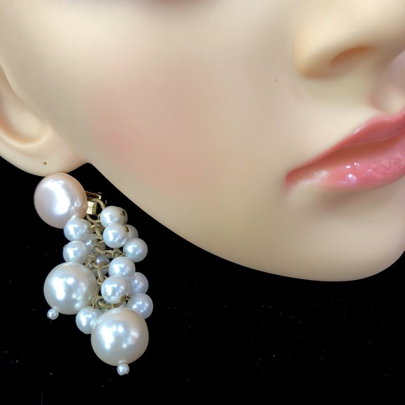 Eighties Retro Dangle Statement Earrings Square Gold and Pearl